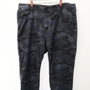 "Adam Levine Jeans Blue Camo 38"" x 34"" straight fit"